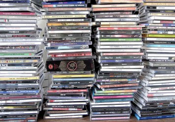 stack_of_CDs